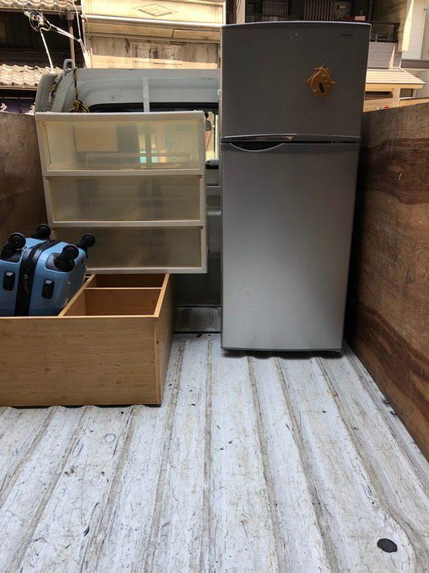 京都市下京区松原中之町で冷蔵庫、カーペット、布団、衣類などの不用品回収 施工事例紹介