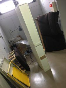 鴨川市で不用品(スチールラック、食器棚、電気スタンド、クローゼットなど)処分ご依頼 お客様の声