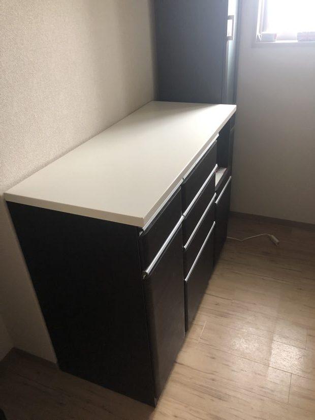 【浦安市】食器棚、キチンボードの回収☆週末の対応で、平日は忙しいお客様にご満足いただけました!
