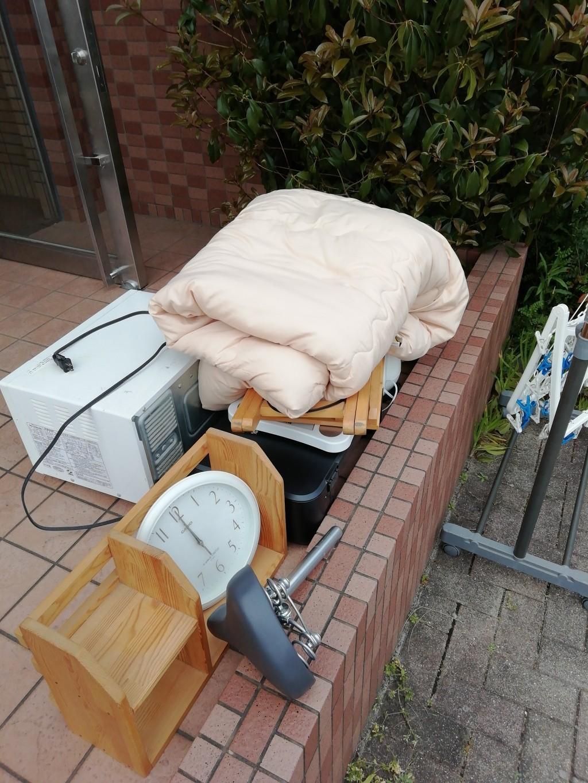 【京都市伏見区】家具など様々な不用品の回収☆軽トラ積み放題での安さでご依頼頂けました!