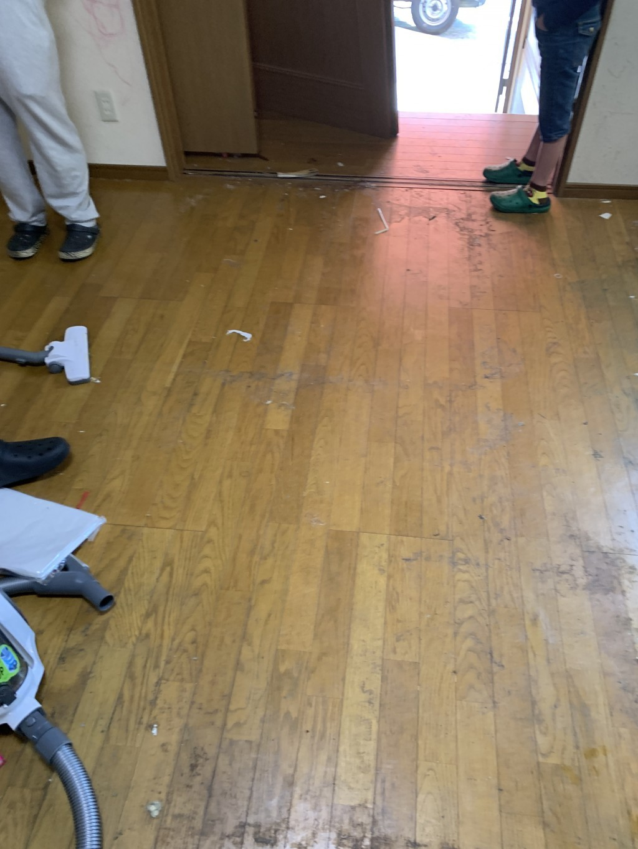 【宇治市】家庭ごみの回収と拭き掃除・掃き掃除のご依頼☆素早い対応にご満足いただけました!