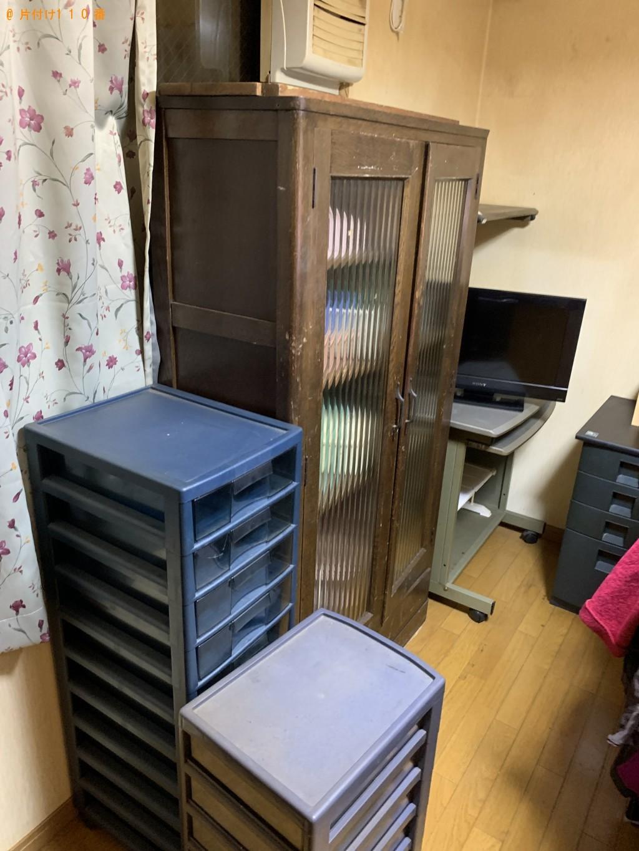 【長岡京市】本棚、整理タンス、衣装ケース、PCデスク等の回収