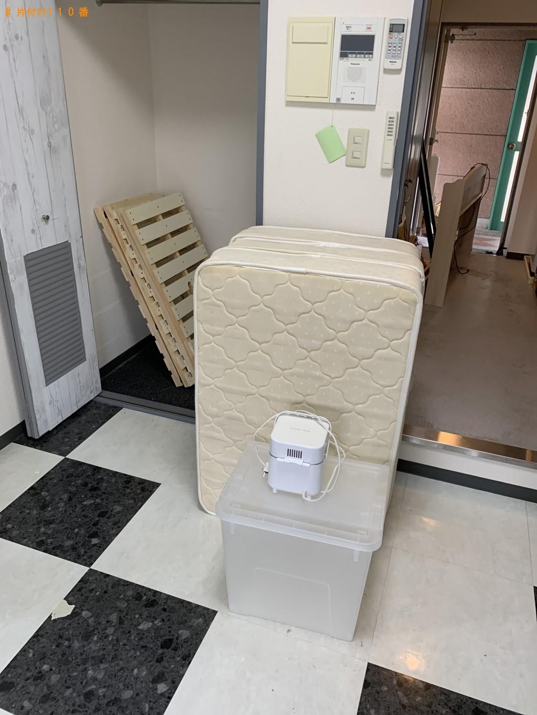 【京都市右京区】小型家電、シングルベッド、衣装ケース等の回収