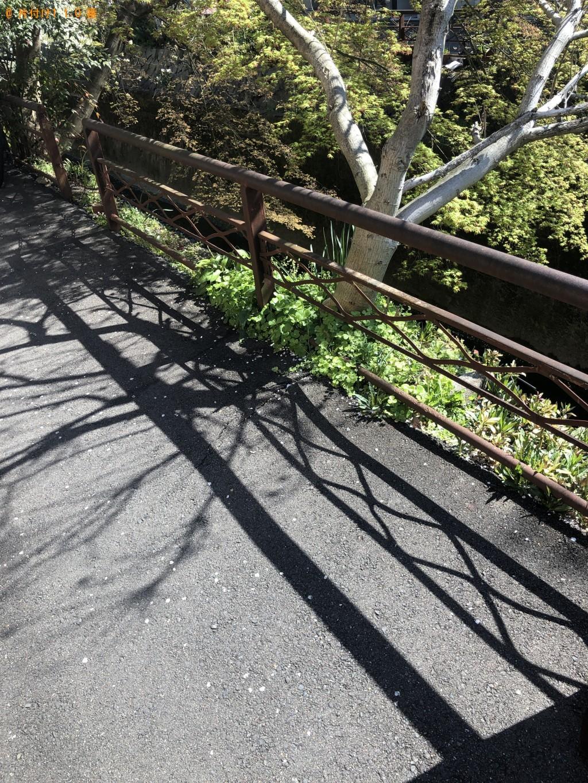 【京都市左京区】電子レンジ、脚付きマットレスの回収・処分ご依頼