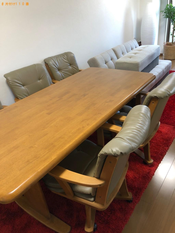 【京都市左京区】6人用ダイニングテーブル、ソファーベッド等の回収
