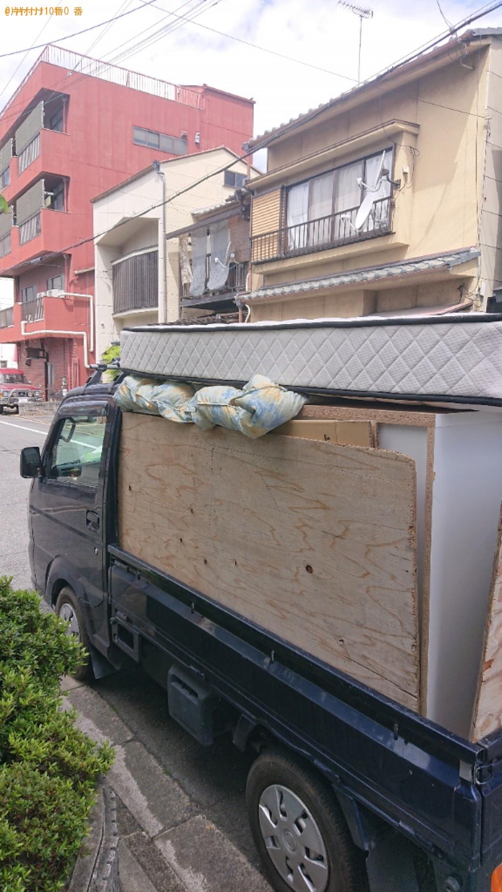 【京都市南区】マットレス付きダブルベッド、本棚、食器棚の回収