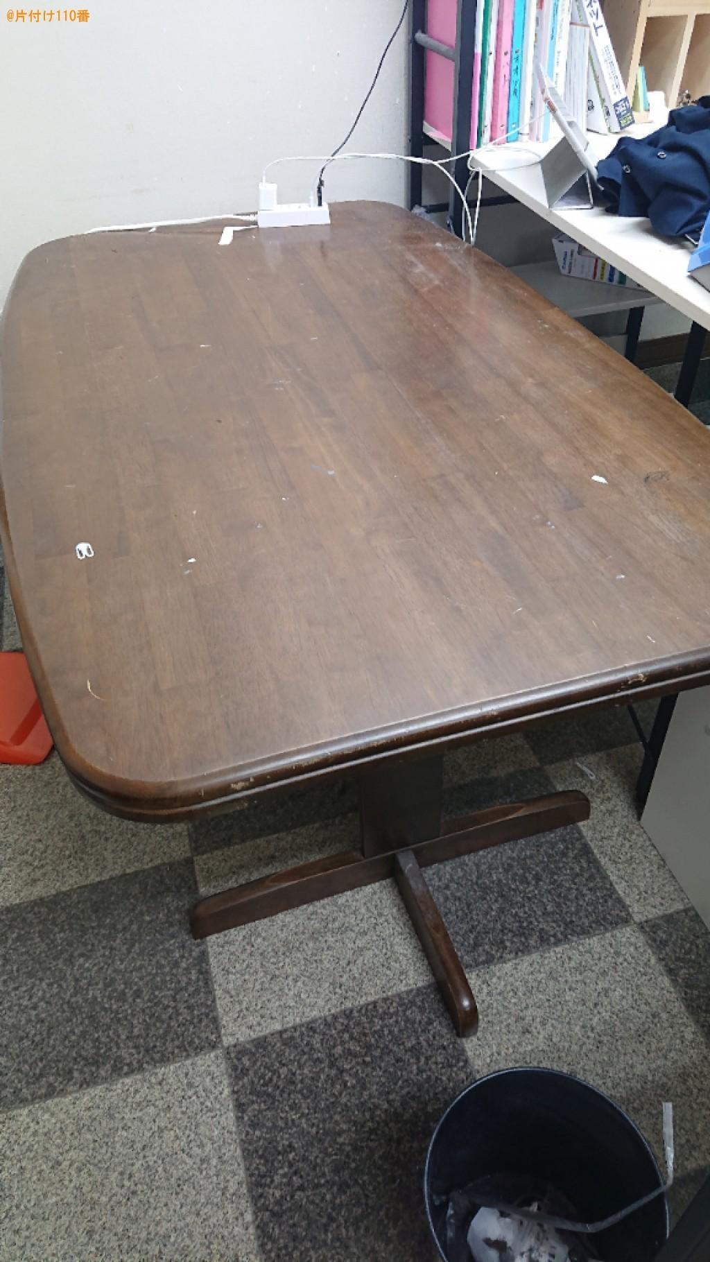 【舞鶴市】四人用ダイニングテーブル、ショーケース、椅子の回収